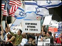 Pro-Israel demonstration in San Francisco, July 13, 2006,US demonstrators have been out in the streets backing Israel